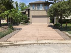 Brushed Concrete Driveway with Rough Cut Stamped Concrete Borders in Blue Point Ontario Driveway Ideas, Concrete Driveways, Blue Point, Stamped Concrete, Rough Cut, Ontario, Decor, Garage Ideas, Decoration