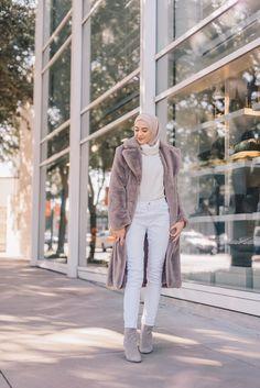 Modern Hijab Fashion, Abaya Fashion, Muslim Fashion, Suit Fashion, Modest Fashion, Girl Fashion, Korean Winter Outfits, Winter Fashion Outfits, Autumn Winter Fashion
