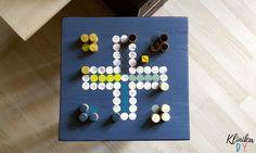 Plansza do gry w chińczyka na stoliku - KlinikaDIY Triangle, Games, Gaming, Plays, Game, Toys