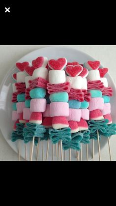 Maddy's Birthday party treats. Sugar them up and send them home! – Maddy's Birthday party treats. Sugar them up and send them home! The post Maddy's Birthday party treats. Sugar them up and send them home! – appeared first on Baby Showers. Birthday Party Treats, Snacks Für Party, Party Desserts, Birthday Parties, Fruit Party, Home Birthday Party Ideas, Party Sweets, Dessert Party, Birthday Candy Bar