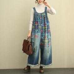 Beautiful Vintage Floral Jeans Jumpsuits Plus Size Denim Overalls #overalls #plussize #denim #pants #trousers #loose #jeans #jumpsuits #woman