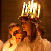 Lucia in Stockholm - Sweden History Of Sweden, Sankta Lucia, Santa Lucia Day, Swedish Girls, My Roots, Winter Photos, White Candles, My Heritage, Winter Time