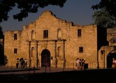 The Alamo in San Antonio was the site of the last stand of the legendary Davy Crockett