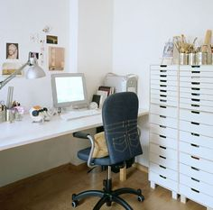 Totally awesome idea for recovering an #office chair!