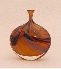Garrowby blown glass art dropper by Peter Layton - Pyramid Gallery