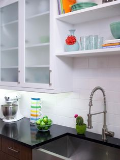 White Kitchen Decorating Ideas From