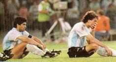 Sufriendo en los penales ante Italia, Nápoles, Italia ´90.
