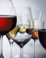 How To Host a Wine Tasting Party: John Foxx / Getty Images