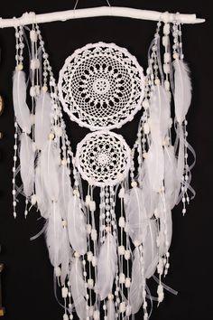 White Dreamcatcher Boho Dream Catcher Large white crochet dreamcatcher gift wedding ceremony photo backdrop Dreamcatcher Bohemian handmade http://etsy.me/2EzMCjt #domanaautvar #dekordoma #dreamcatcher #dreamcatcherboho #dreamcatcherwall #handmade #homedecor #bohodecor