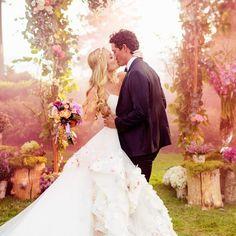 28 Fairytale Wedding Photos That Capture The Magic Of Love …