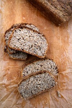 Eltefritt brød med rug og kesam