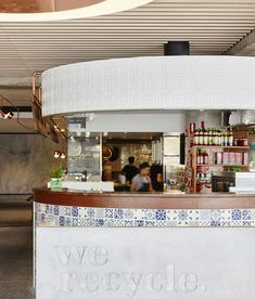 the renovation incorporates traditional food court experiences and contemporary styling, providing a welcome gathering space for visitors and employees alike. Brisbane, Kiosk Marketing, Arch Interior, Food Court, Restaurant Bar, Signage, Traditional, Contemporary, Architecture