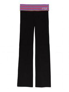 Victoria's Secret Yoga Pant Size medium Boot leg opening