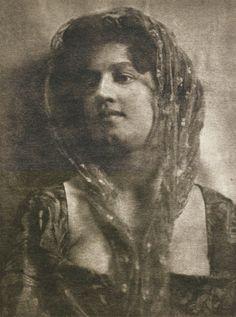 Die Kunst in der Photographie : 1899 Photographer: Maurice Bremard Title: Studie