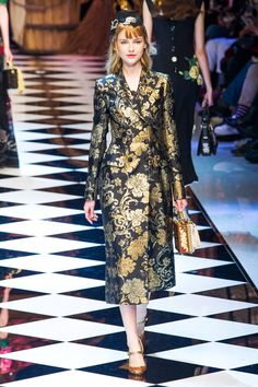 d97e36ac454 The Runway Report  Fall 2016 s 13 Top Trends