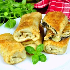 B Food, Food And Drink, Chicken, Meat, Pierogi, Ethnic Recipes, Cubs