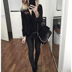 @audreylombard • • • • • • • • #style #daily #ootd #lookoftheday #inspo #insta #igdaily #instafashion #fashiongram #fashionista #fashionstyle #fashionblogger #fashiondiaries #fashion #beauty #beautyblogger #blogger #fashionaddict #beautyaddict #makeupaddict #goals #outfit #fallfashion #follow #followback