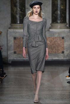 Luisa Beccaria - Fall 2015 Ready-to-Wear - Look 8 of 48?url=http://www.style.com/slideshows/fashion-shows/fall-2015-ready-to-wear/luisa-beccaria/collection/8