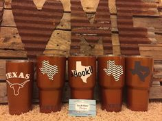 Order your Texas Longhorns YETI Rambler/Colster today! Love the theme but not… Ut Football, Texas Longhorns Football, Ut Longhorns, Oregon Ducks Football, College Football, Hook Em Horns, Cup Design, Alabama Crimson, Crimson Tide