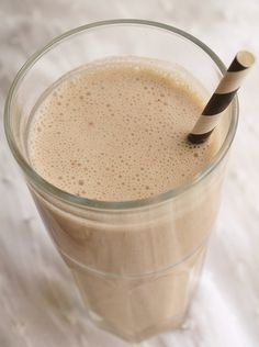 Dryck | Bakverket Healthy Smoothies, Smoothie Recipes, Raw Food Recipes, Healthy Recipes, Smoothie Bowl, Flat Belly, Drinks, Glass, Desserts