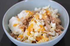 Zalmsalade met ei - Lekker op brood! - Lekker en Simpel Sushi, Avocado, Grains, Rice, Food, Finger, Salads, Meal, Essen