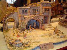 Resultado de imagen para orientalische weihnachtskrippe Nativity Creche, Christmas Nativity Scene, Christmas Villages, The Good Shepherd, Ceramic Houses, Diorama, Glitter Houses, Model Building, Model Homes