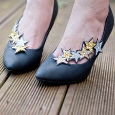 Clips � chaussures                                                                                                                                                                                 More