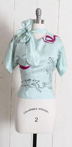 Vintage 1940s Blouse vintage 40s silk novelty print flying