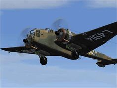 The Handley Page Hampden was a British twin-engine medium bomber Role… Air Force Aircraft, Ww2 Aircraft, Military Aircraft, Royal Australian Air Force, Ww2 Planes, Aircraft Design, Royal Air Force, World War Two, Military Vehicles