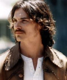 Billy Crudup stars as Russell Hammond in Almost Famous. Moustaches, Russell Hammond, Greg Kinnear, Billy Crudup, It's All Happening, Film Images, Almost Famous, Comme Des Garcons, Cultura Pop