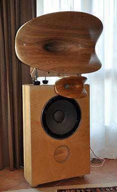 - Rendez vos souvenirs durables avec www. Audiophile Speakers, Hifi Audio, Stereo Speakers, Stereo Amplifier, High End Speakers, High End Audio, Audio Design, Sound Design, Fi Car Audio