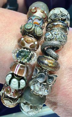 Trollbeads and Elfbeads bracelet designed by Heidi at www.swissflowerandgift.com. #elfbeads #trollbeads #beads #collectors #neutral