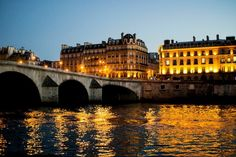 The perfect place for a stroll: la Seine, Paris, France
