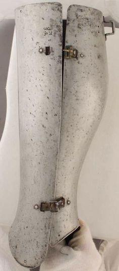 Closed Greave, Kelvingrove Art Gallery, Glasgow 1400 Italian ref_arm_2291_005