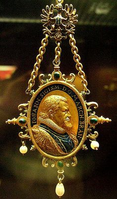 Gold enamelled gem-set pendant British Museum John Sigismund 1608-19