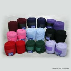 Elico Travel and Stable Bandages These travel stable Knitted bandages are 100 acrylic and have a width of 4 Features a hook loop tape fastening