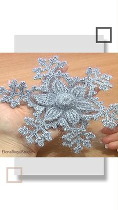 Crochet Snowflake Pattern, Crochet Flower Tutorial, Christmas Crochet Patterns, Crochet Snowflakes, Crochet Stitches Patterns, Doily Patterns, Crochet Motif, Crochet Designs, Crochet Doilies