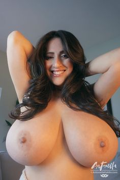 Naked usa girls with big boobs
