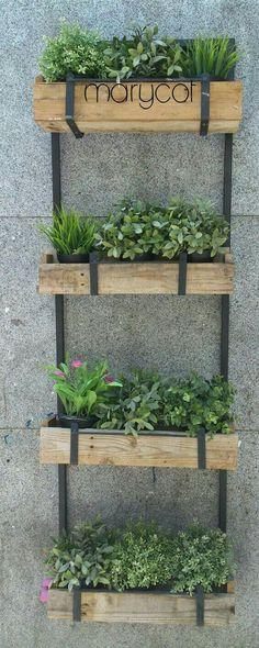 Idea para el Huerto. Me gustan las cajas, pero más modernas/ no tan rústicas #huertaencajones