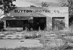 McLean, Texas: A Route 66 ghost town frozen in time - Tatiana Danger