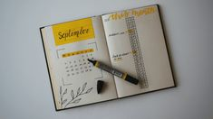 Bullet Journal Contents, How To Bullet Journal, Bullet Journal Monthly Spread, Bullet Journal School, Bullet Journal Themes, Bullet Journal Layout, Bullet Journal Inspiration, Journal Pages, Journal Ideas
