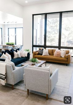 modern meets traditional living room with leather sofa and open floor plan Influencer: Kailee Wright Designer: Ashley Cooper Photographer: Aubrey Taiese Design Living Room, Family Room Design, Living Room Sofa, Home Living Room, Living Room Decor, Cozy Living, Apartment Living, Small Living Room Designs, Bright Apartment