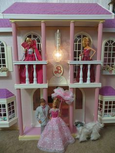 Barbie Magical Mansion by Mattel, 1990