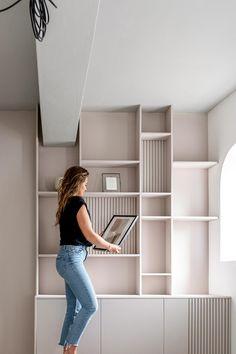 Decor, Shelves, Home Bedroom, Modern Home Office, Interior Design Inspiration, Shelving Unit, Bedroom Inspirations, Home Deco, Wall Unit