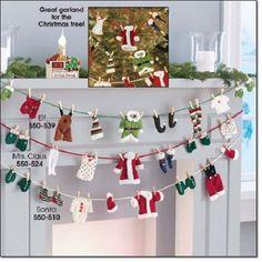 Avon santa claus clothesline christmas garland new, sealed Knit Christmas Ornaments, Christmas Sewing, Christmas Knitting, Felt Christmas, Christmas Stockings, Christmas Holidays, Christmas Crafts, Santa Decorations, Festival Decorations