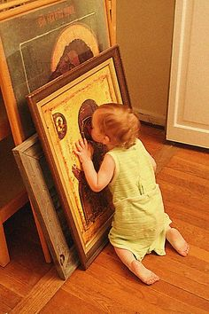 Benefits of Catholic art in the home! Baby kissing what looks like Our Lady of Perpetual Help. Holy Mary, Blessed Mother Mary, Blessed Virgin Mary, Catholic Art, Religious Art, Religion, Queen Of Heaven, Mama Mary, Jesus Pictures
