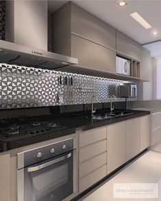 Fabulous Modern Kitchen Sets on Simplicity, Efficiency and Elegance – Home of Po… - luxury kitchen Luxury Kitchen Design, Kitchen Room Design, Contemporary Kitchen Design, Best Kitchen Designs, Kitchen Cabinet Design, Luxury Kitchens, Home Decor Kitchen, Interior Design Kitchen, Home Kitchens
