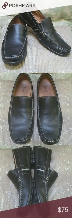 Bass men's loafers in black size 10 Bass men's loafers in black size 10 in EUC Bass Shoes Loafers & Slip-Ons
