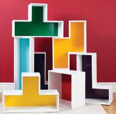Check out these fun, stackable shelves!