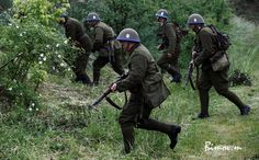 Prvá Slovenská Republika : Photo Military Diorama, Military Photos, Dieselpunk, Eastern Europe, Armed Forces, World War Two, Troops, Wwii, Two By Two